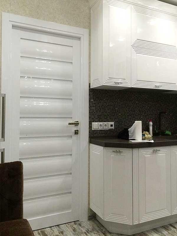 глянцевые двери белые и черные межкомнатные купить цены на двери и